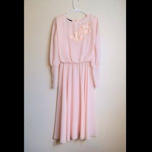 Gorgeous vtg pink dress